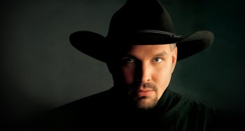 512_Garth_Brooks_Black_Hat_FINAL